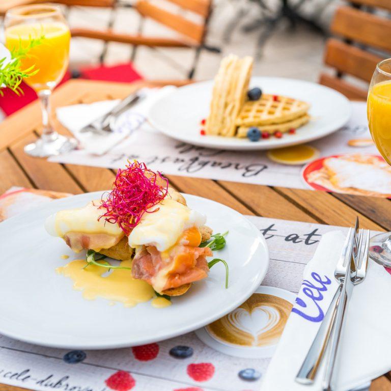 cele dubrovnik gallery breakfast for two orange juice